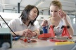 <p>Einen Einblick in die spannende Welt der Technik erhielten 97 Schülerinnen beim diesjährigen Girls´ Day an den deutschen Brose Ausbildungsstandorten. Das Familienunternehmen hat sich zum zehnten Mal an dem Aktionstag beteiligt.</p>