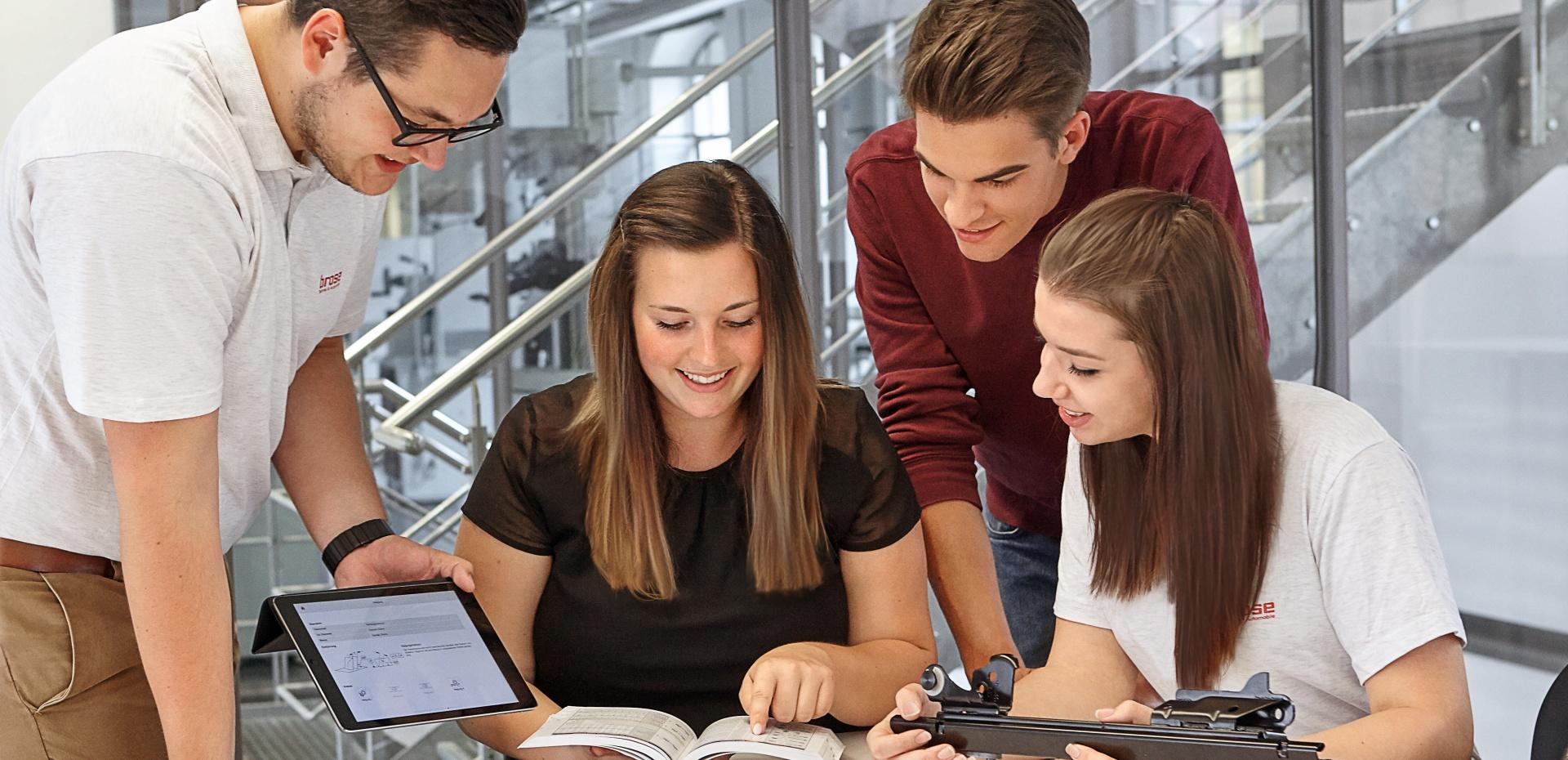 Brose Slowakei Students table
